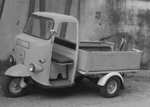 当時、輸出していた三輪トラック(あくまでもイメージ画像)