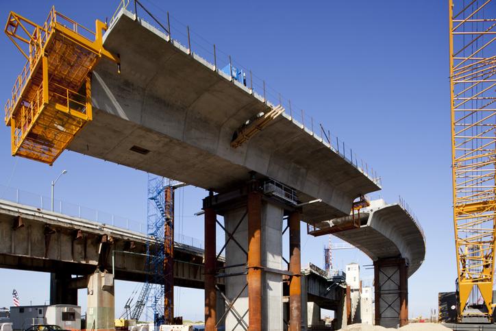 高速道路の工事の様子